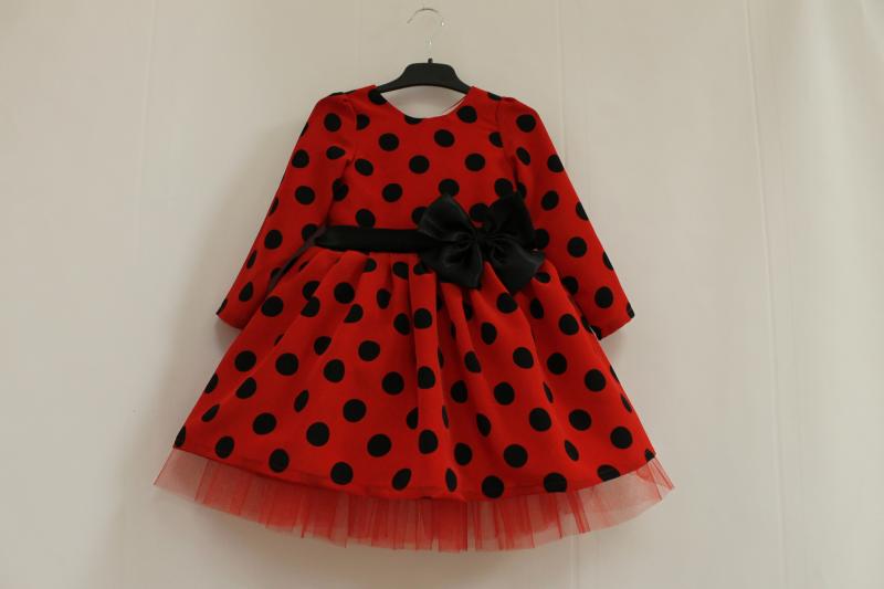 Нарядное платье  Гламурная горошинка  с длинным рукавом и красным фатином