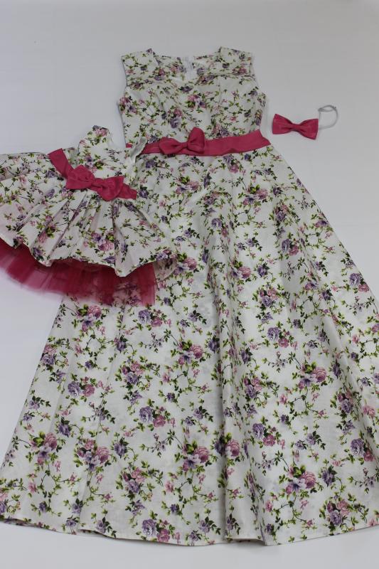 Платья на маму и доченьку в стиле фемели лук  Цветочное настроение  на маму длинное