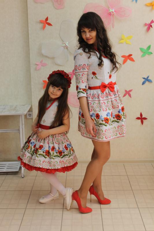 нарядные платья на маму и доченьку в укр стиле