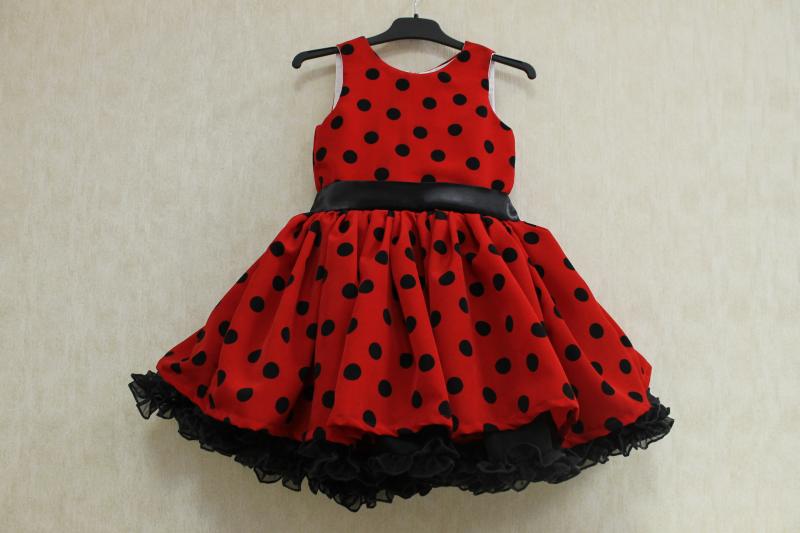 Нарядное платье на девочку  Леди Баг  с одинарной юбкой