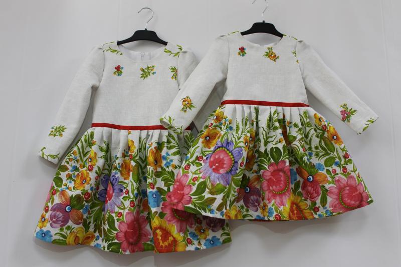 Повседнневно - нарядное платье на девочку с рукавами