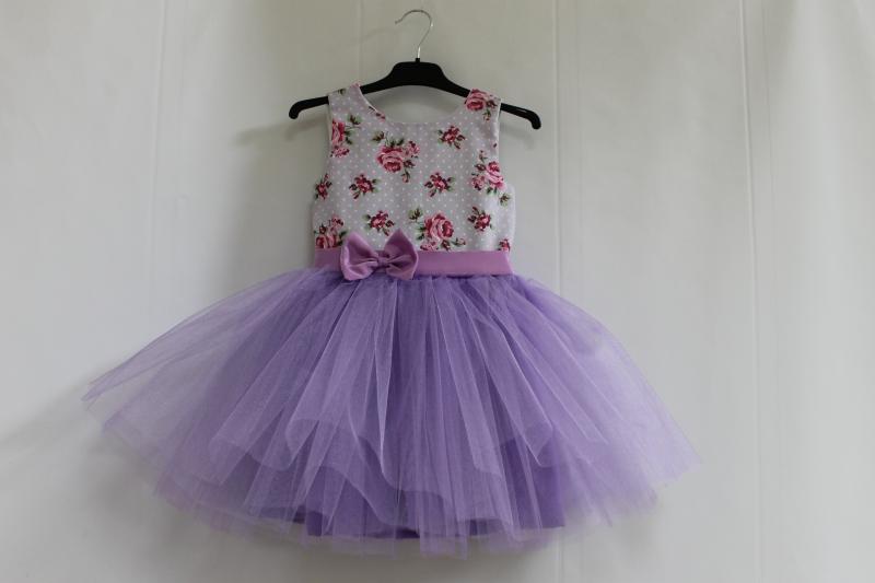 Нарядное платье на девочку с сиреневым фатином