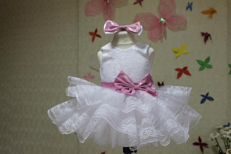 Нарядное платье на девочку с кружевом  Нила
