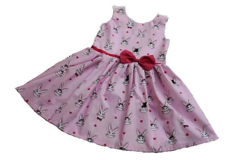 Летнее платье на девочку  Азартные зайчики