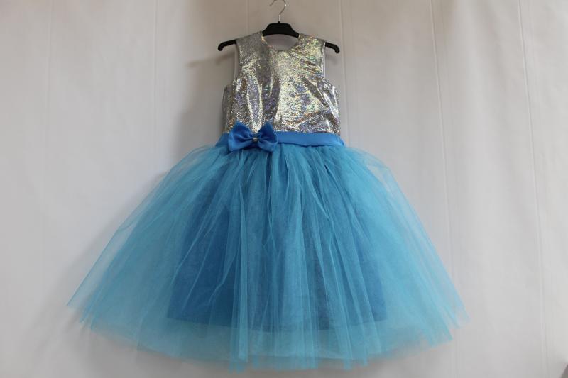 Платье на девочку серебро с голубым № 67