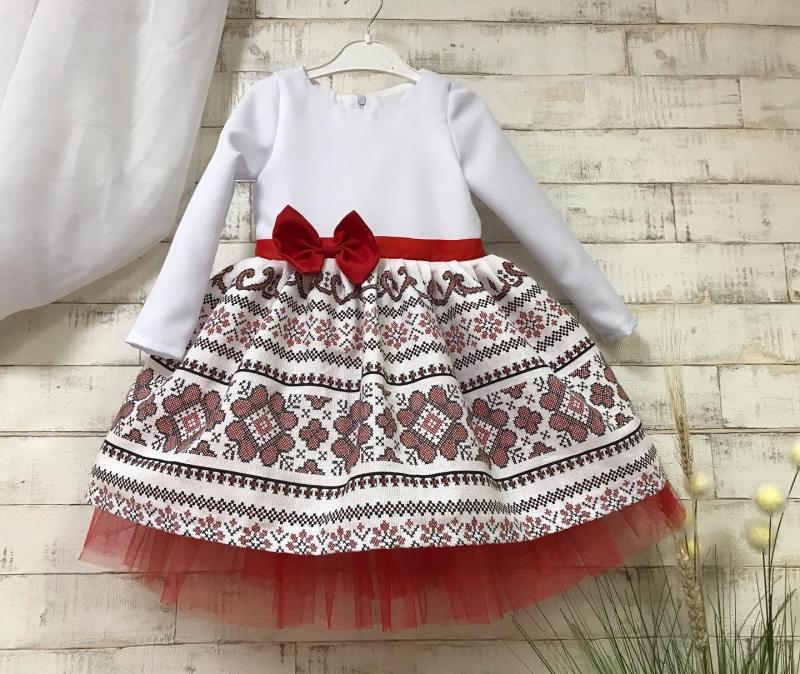 Платье в укр стиле с фитином 2123