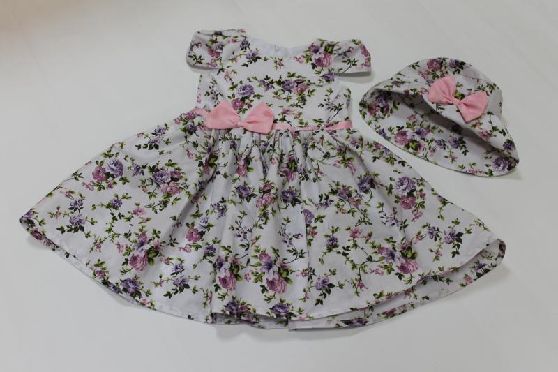 Летнее платье на девочку  Цветочное настроение  с рукавчиком фонариком и шляпкой