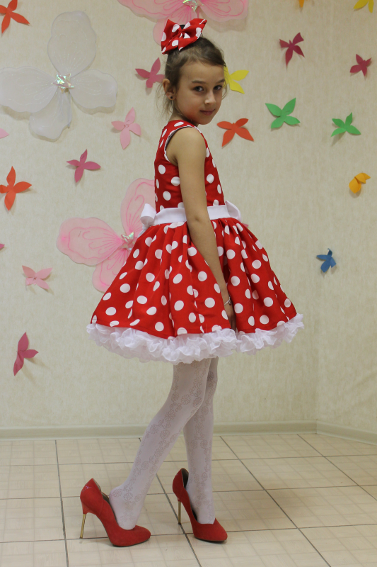 Нарядное платье на девочку в горошек № 70