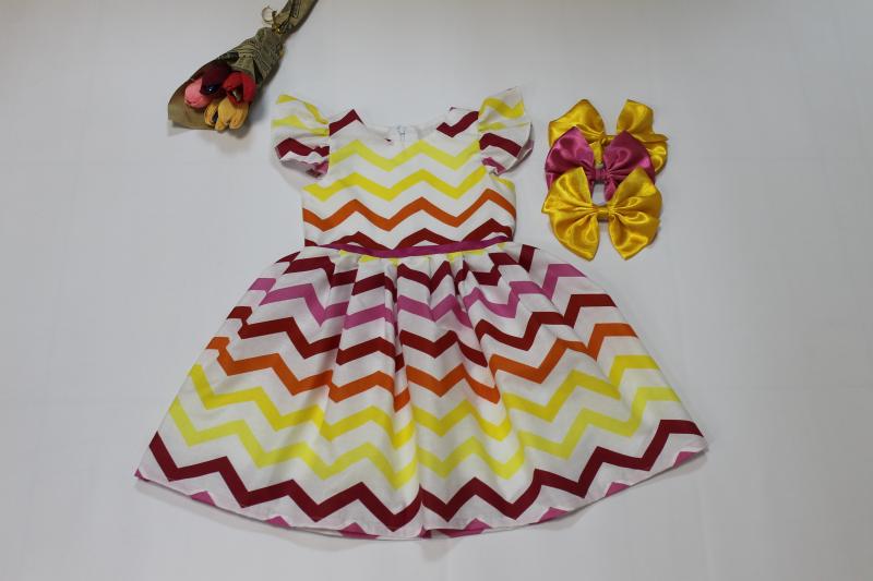 Яркое платье с крылышками № 103