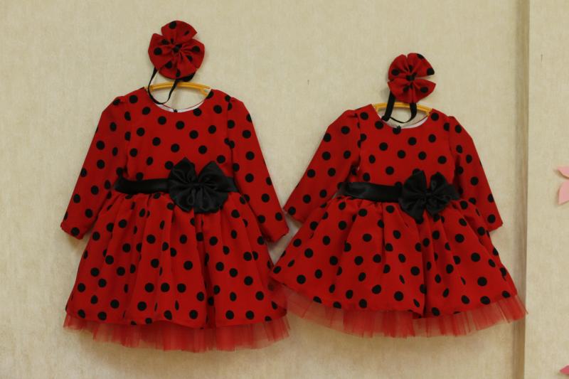 Нарядное платье с мокрого шелка  Гламурная горошинка  с длинным рукавом