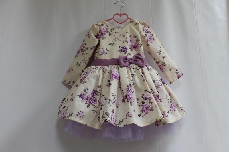 Нарядное гламурное платье  Сиреневая розочка  с рукавами (модель №3)