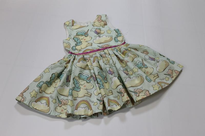 Платье на девочку с единорогами