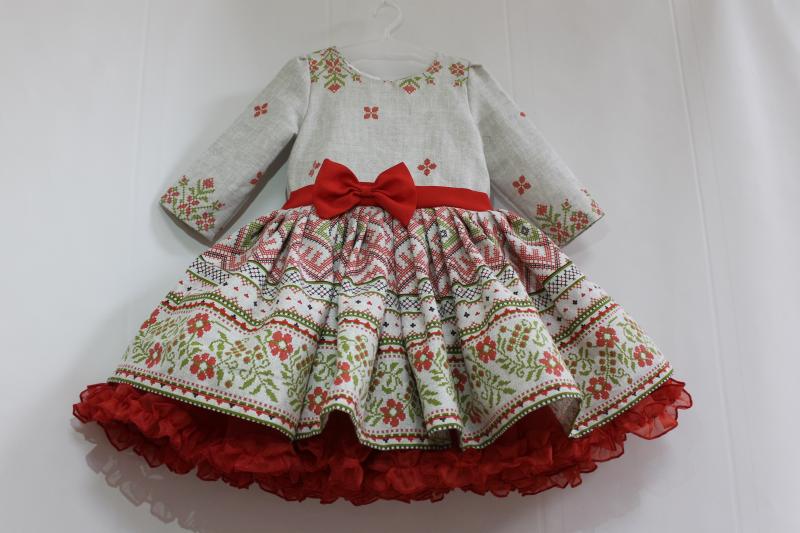 Нарядное платье в укр стиле на девочку с рукавами № 62