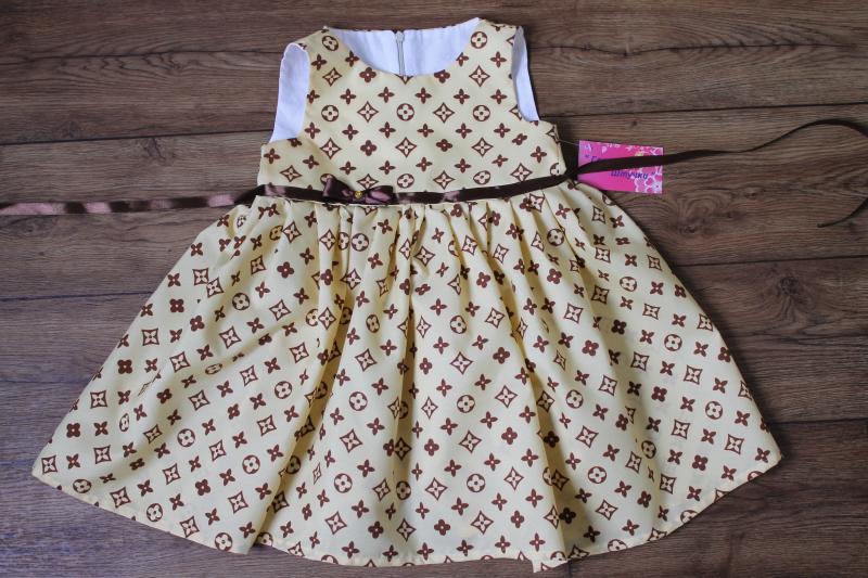 Модное пышное платье  Луи Витон