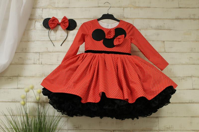 Платье на девочку Минни маус