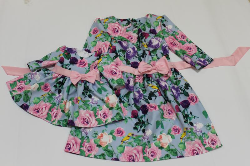 Повседневно - нарядные платья на маму и доченьку  Швейцарская радость