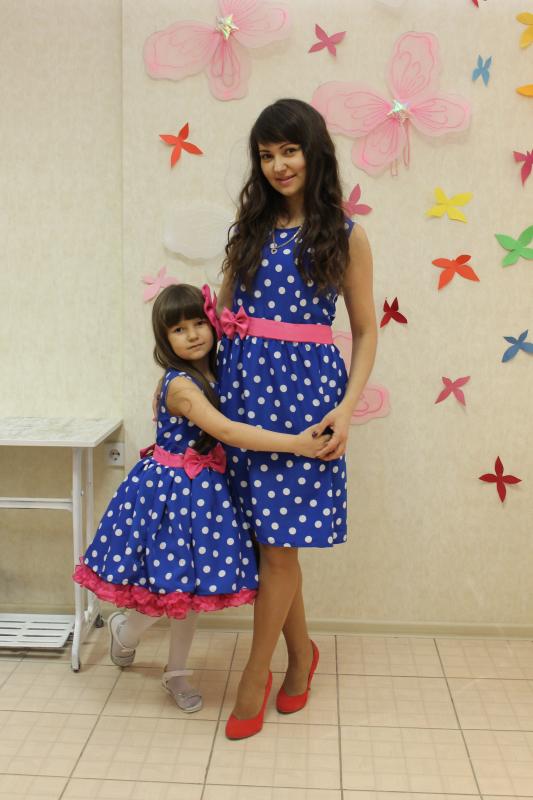 Платья на маму и доченьку Стиляги  или  Гламурный горошек