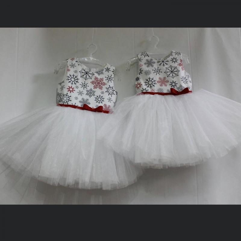 Нарядное новогоднее платье «снежинка» на девочку #114