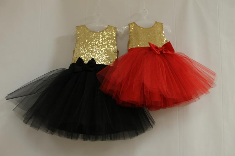 Нарядное платье на девочку с красным или черным низом № 81