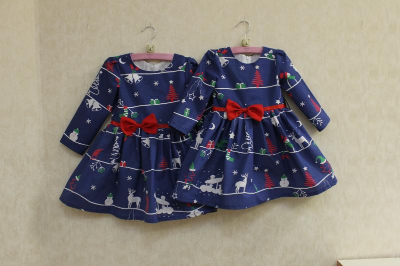 Повседневно - нарядное новогоднее платье на девочку с рукавами