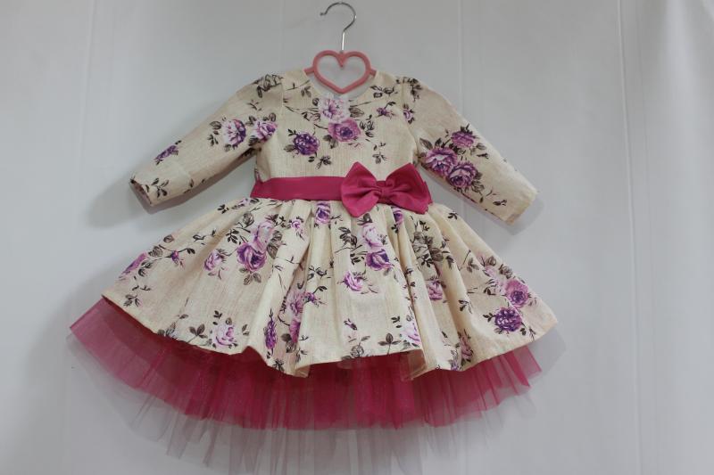 Нарядное платье на девочку  с малиновым фатином № 55