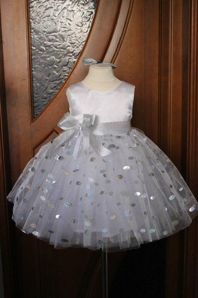 Нарядное платье на девочку  Снежная королева