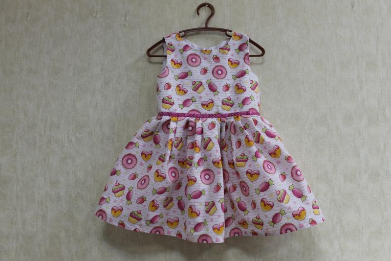 Платье на девочку  Вкусняшка