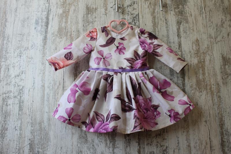 Повседневно - нарядное платье на девочку с рукавами №108