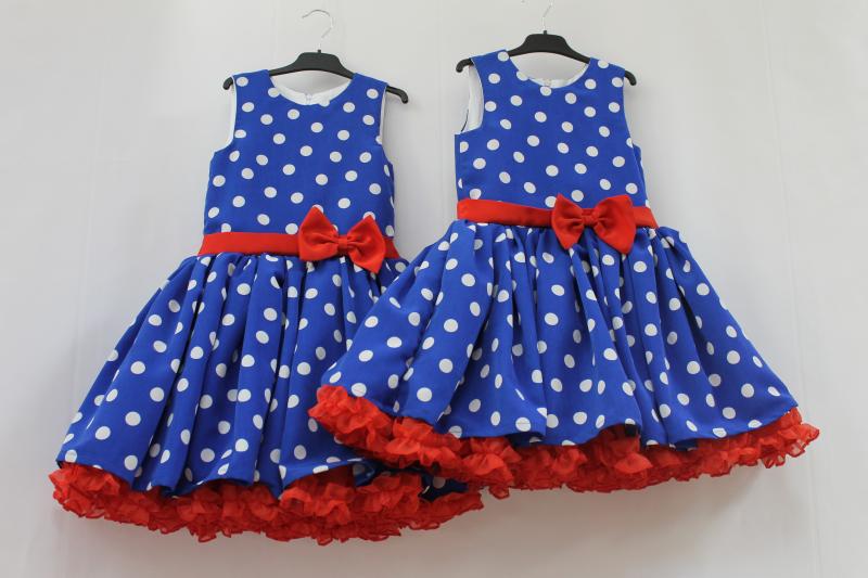 Нарядное платье синее в белый горох с красным1-м  подьюпником в стиле  Стиляги