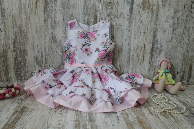 Повседневно - нарядное платье на девочку с 2-м воланом № 82