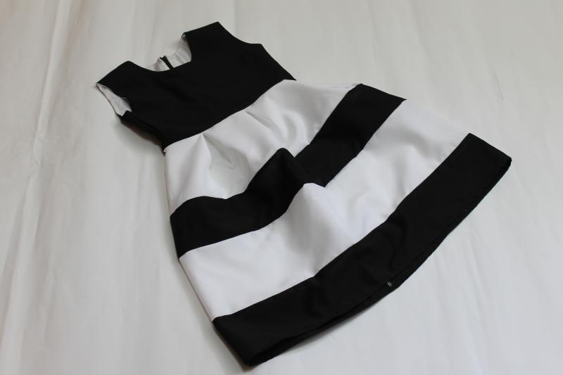 Повседневно - нарядные платья на маму и доченьку в стиле Фемели лук  Бело - черная полоска