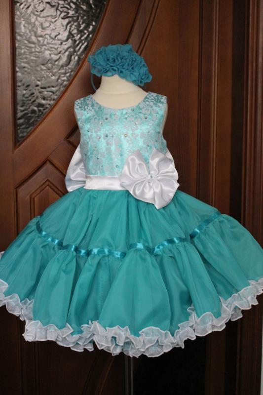 Нарядное платье на девочку  Ельза