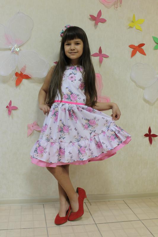 Платье с двойным воланом на девочку