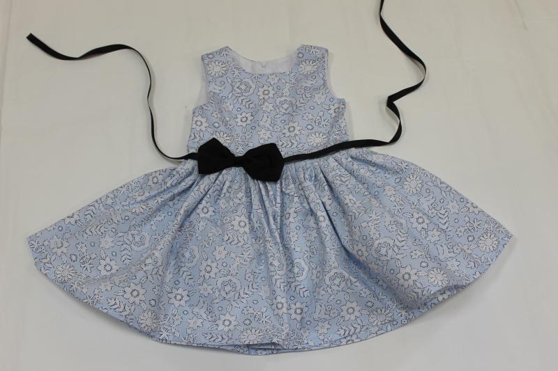 Летнее платье на девочку  Голубенькая нежность