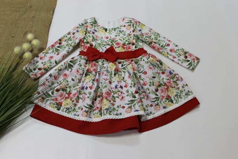 Гламурна сукня на дівчинку  з рукавами № 112