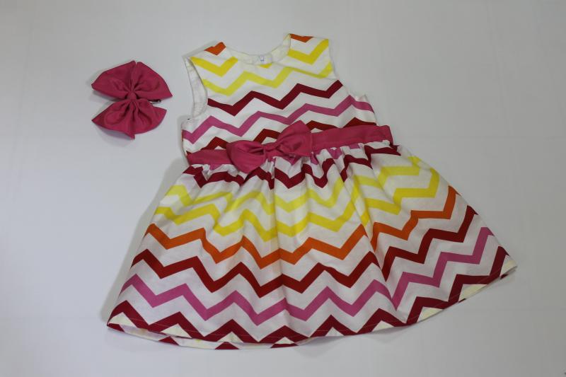 Платье на девочку  Разноцветный зиг - заг