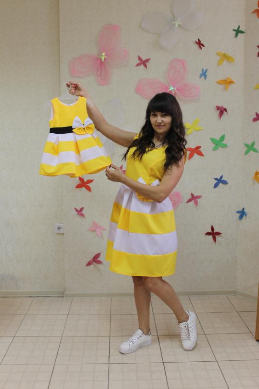 Повседневно - нарядное платье на маму и доченьку (в стиле Фемели Лук)  Полосатики  желто - белое