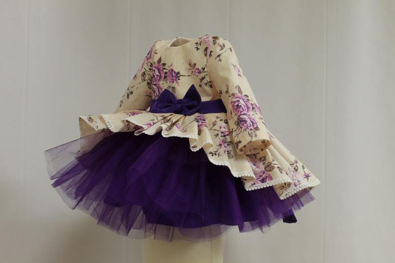 Нарядное гламурное платье  Сиреневая розочка  с рукавами и фиолетовым фатином
