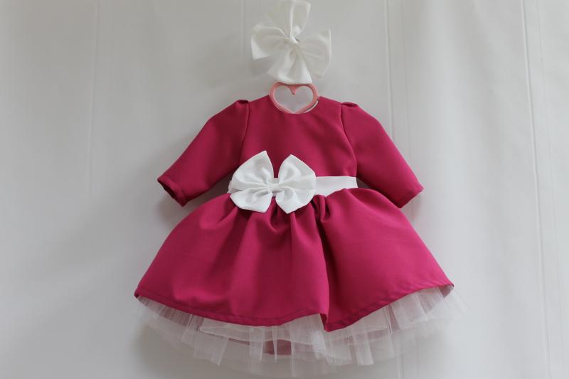 Нарядное платье на девочку  Малиновая  девочка  с рукавами и белым фатином